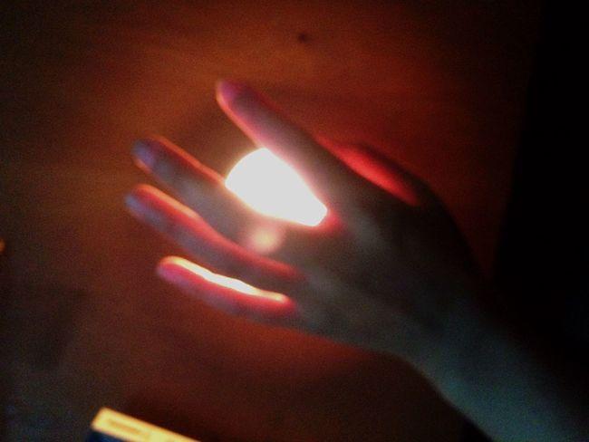 Light And Shadow Hand