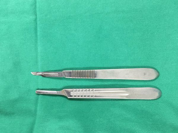 Directly Above Green Color High Angle View No People Table Indoors  Hairdresser Close-up Barber Blade Operating Theatre Surgeon Instrument Operation Sharp Save Life Doctor  Hospital