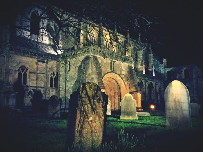 Malmesbury Abbey Malmesbury Uk Behind The Fence... At Work Driving Around On My Way Home Graveyard Beauty Ancient Abbey And