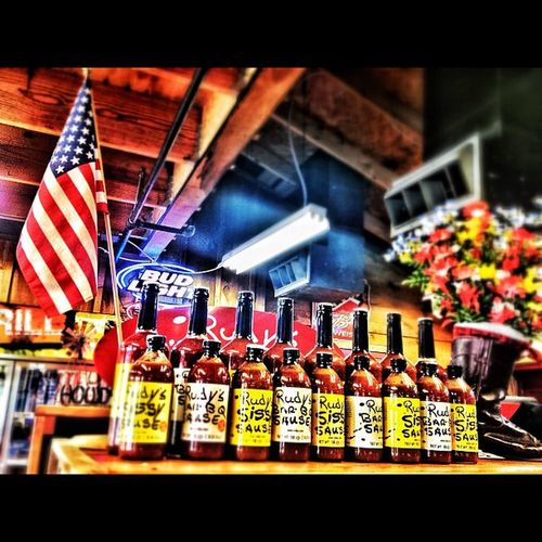 Texas Bar-B-Q, American Flag & Beer. It just don't get no better than this. #barbq #rudys #mcallen #flag #beer #usa #texas Beer Flag USA Texas Mcallen Barbq Rudys