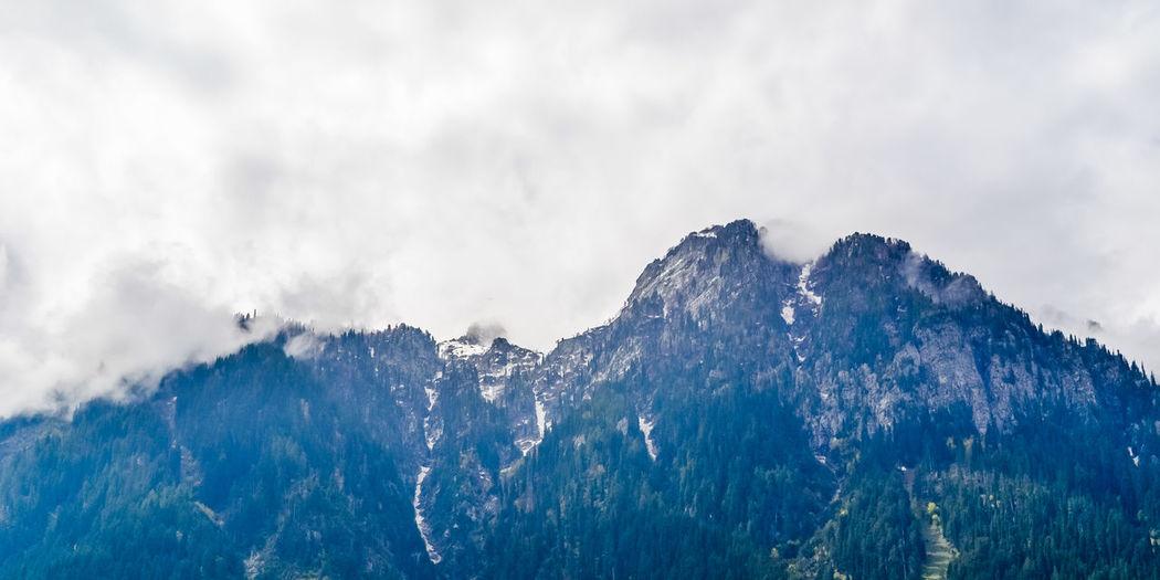 Kashmir himalaya, indian himalayan region jammu and kashmir, india. great himalayan axis