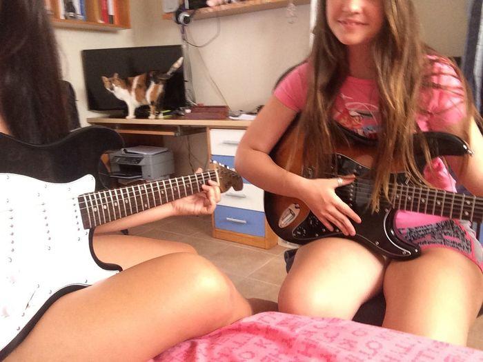 Playing Guitar Asdfghjkl Yeah. Rock&roll ??