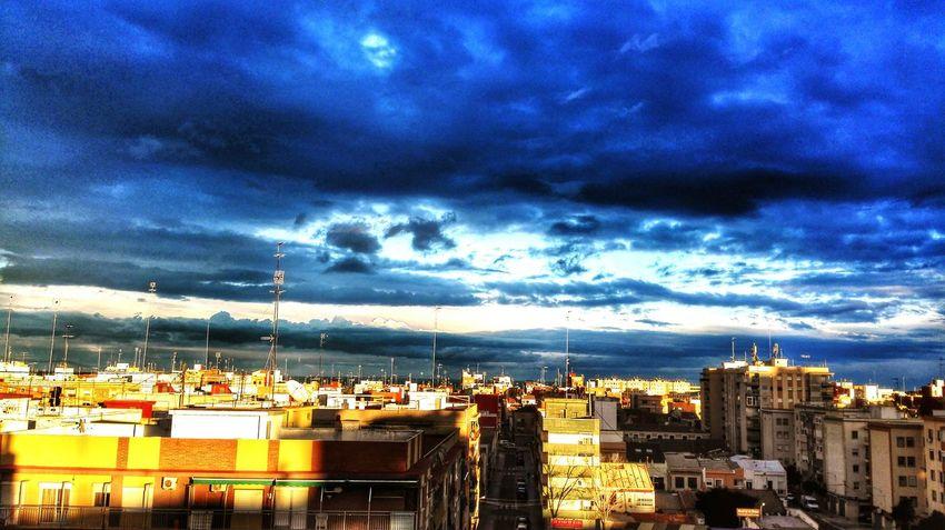 Las nubes de la tarde. Nubesdehoy Nubes #clouds Cielomania Cabanyal Valentine's Day  Valencia, Spain