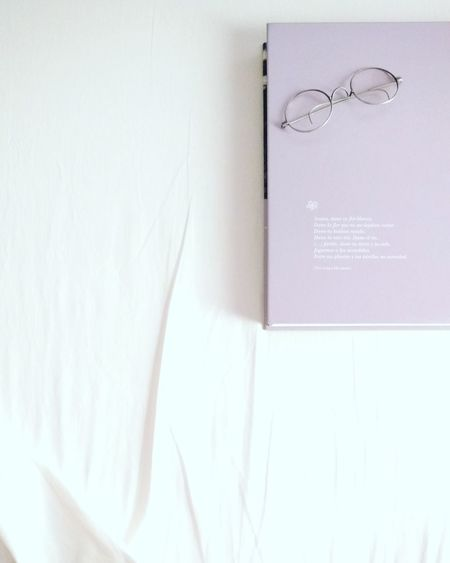 No People Indoors  White Background Day 3XSPUnity BooksLove Books. Glasses Lieblingsteil