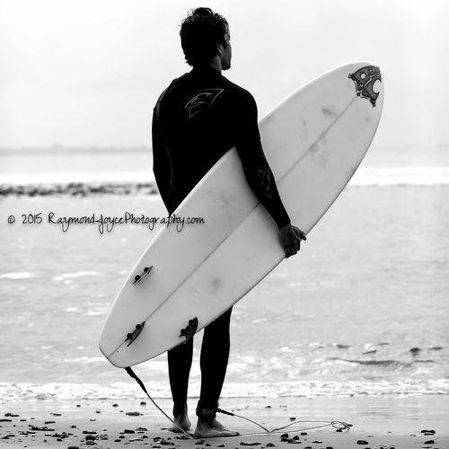 Live to Surf another Day... Surfingmalibu Surferdude Surfingislife Surfingphotography Enjoying Life Surf Photography Malibu Beach Surfer Blackandwhite Photography Blackandwhite
