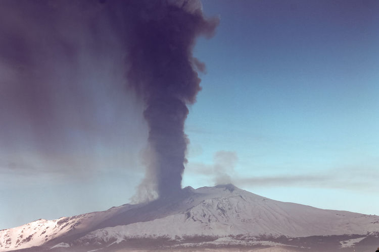 Mountain Smoke - Physical Structure Erupting Volcano Geology Sky Scenics - Nature Physical Geography Beauty In Nature Environment Non-urban Scene Power In Nature Landscape Emitting Active Volcano Nature Power Land No People Day Outdoors Volcanic Crater Pollution Air Pollution Snowcapped Mountain