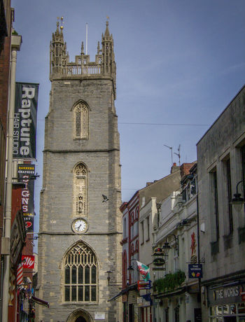 Architecture Building Exterior Built Structure Caerdydd Cardiff City Day Galles Gran Bretagna Great Britain Großbritannien Low Angle View No People Outdoors Place Of Worship Religion Rose Window Sky Spirituality Travel Destinations Wales