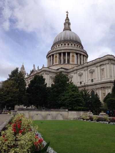 Capital City Cathedral London Tourist Destination