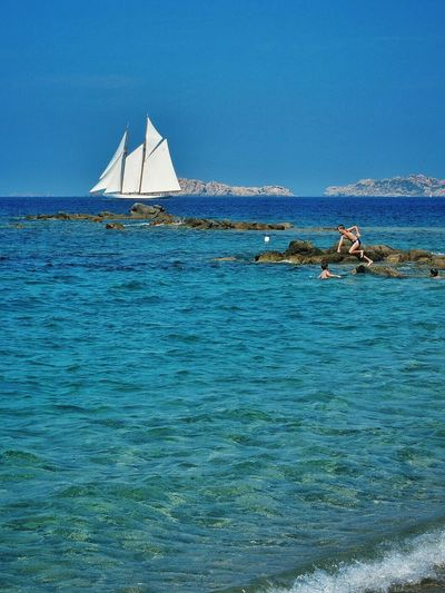 The chase // La Licciola Sardegna Italy // Olympus OM-D EM-1 Summer Holiday Sea Beach Sailing Boats