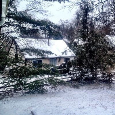 Oh, it actually snowed last night. #iphoneography #jomo IPhoneography Winter Snow Cold Silverspring Jomo