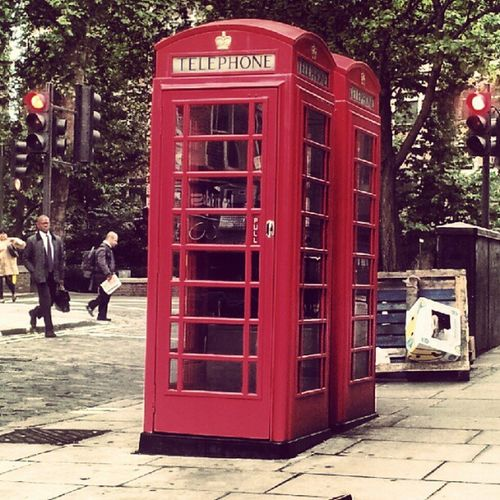 """Do people still use these ? I think they're here for the tourists to go """"oh look there's a red phone box, wow I love London"""""""