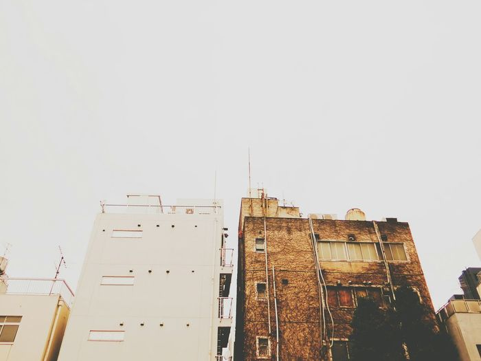 Sky Cityscapes Urban Old Fashioned Skyscrapers Vscocam Architecture Cool Cloudy White