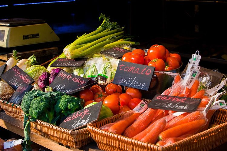 Vegetable Food Healthy Eating Freshness Variation Market Food And Drink Price Tag Carrot Organic Raw Food Market Stall Retail  Text Basket Tomato Abundance Choice Cauliflower Lettuce EyeEmNewHere The Week On EyeEm