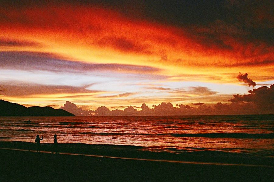 Sea Seascape Seaside Sea And Sky Sunset_collection Sunset Beach Day Beachlife Beach Life Beach Photography Beachphotography Malaysia Beach Clouds And Sky RedClouds  Golden Hour Beauty In Nature Nature Clouds Cloud Sky Sky And Clouds Sky_collection Sky_collection