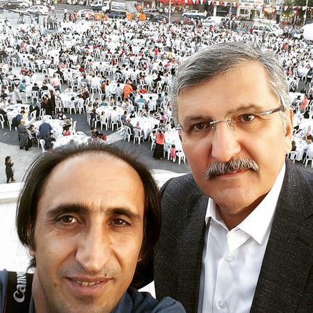 Zeytinburnu belediye başkanı sayın Murat Aydin ile selfie Zeytinburnu Kalabalık Iftar Istanbul taskinmiseist taskin taskinmise3 taskinmiseist
