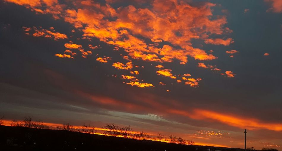 Amazing Sky Sky Sunrise Burning Sky Himmel Und Wolken No People Dramatic Sky Nature