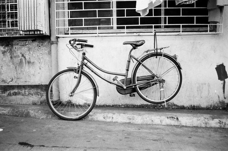 Eyeem Philippines Street Photography Blackandwhite Photography 35mm Film Pentaxspotmatic Super-multi-coated Takumar 1:3.5/35 Ultrafine Extreme 400