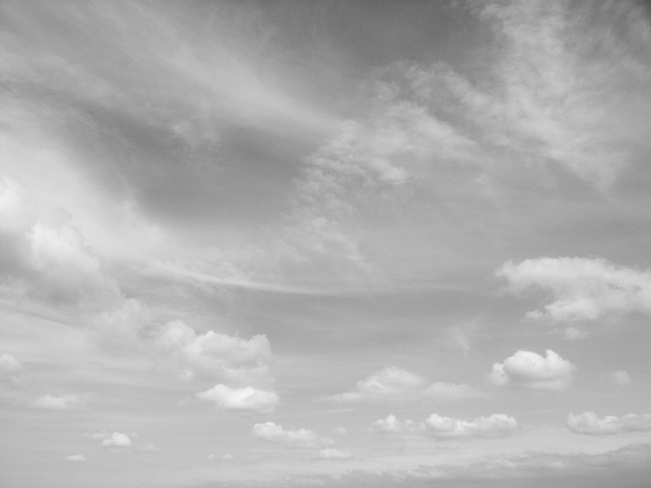 cloud - sky, sky, beauty in nature, nature, sky only, low angle view, no people, tranquility, scenics, day, tranquil scene, backgrounds, outdoors