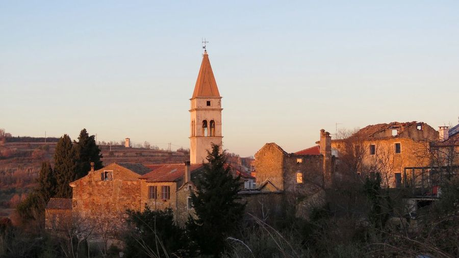 Building Religion Trees Oldtown Oldbuilding Oldtown Oldcity Church Momjan Croatia Croatia_photography Old Nature Architecture History Built Structure Sky Sunset Day Outdoors CloseToBuje Istria Istriaexperience Istra