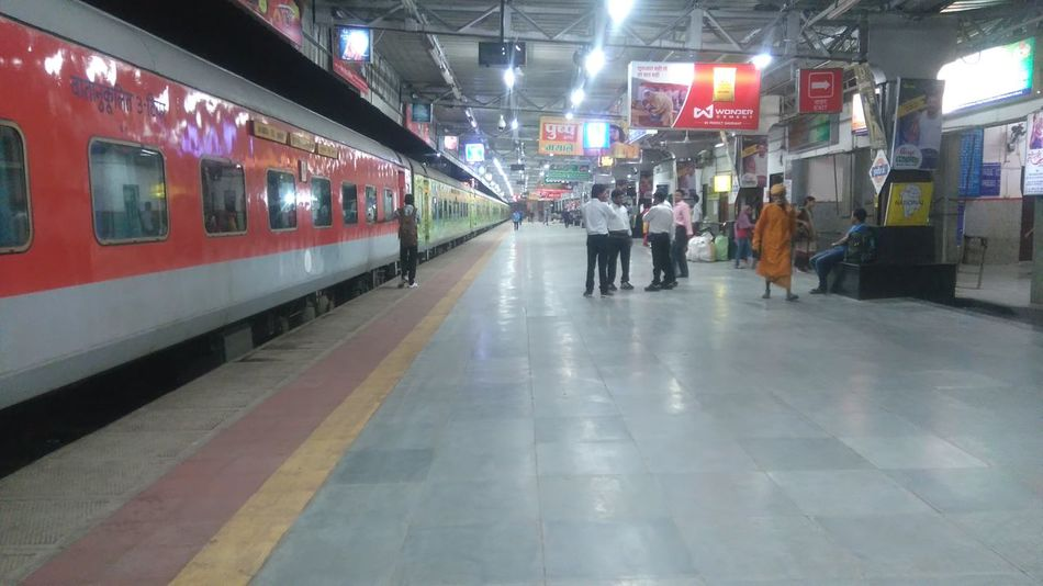Indianrailways Platform Clean Public Transportation Indianrailwaysdiaries Indianrailwaystation Indianrail Railroad Station Indore