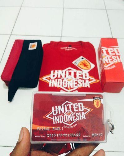 Akhirnya terdaftar juga sebagai member United Indonesia Chapter Mimika walaupun terlambat ngambil 😂 @utdindonesia @utdindonesiamimika thankyou bang yudi 😂✌ Unitedindonesia Unitedtogether Manchesterunited