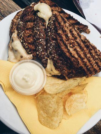 Life of food 💁🏼. Inspire Foodporn Food Tuna Tosti Foodphotography Chips Love