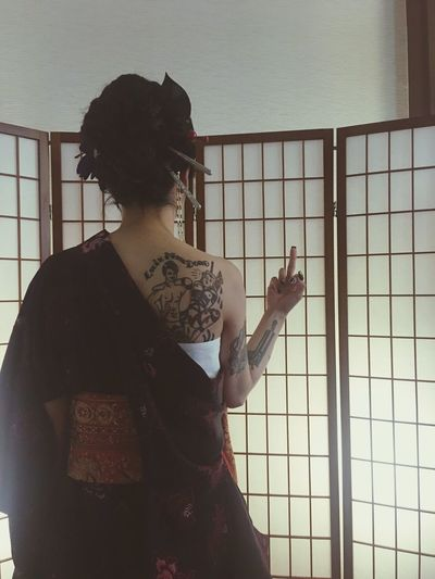Women Around The World Ink Inked Inked Girl Japanesque Tatoo Girl Adults Only One Woman Only One Person Real People Tatoo Art Taking Photos EyeEm Japan Enjoying Life Eyeemphoto Hello World Check This Out Having Fun Art Love And Peace Indoors  Uniqueness Friend Bff Around The World In A Day