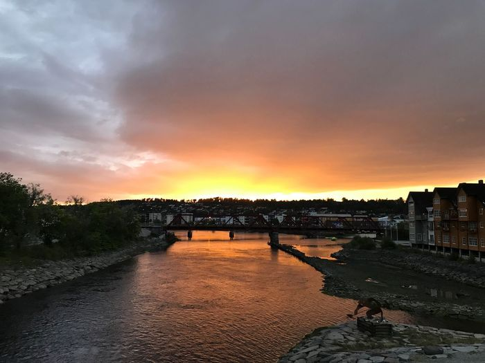 Sunset Built Structure Architecture Sky Cloud - Sky Building Exterior River Water Outdoors Nature Beauty In Nature City No People Cityscape Day Norway Norway🇳🇴 Scandinavia Scandinavian Style Scandinavian Sunsets Autumn Late Summer Late Summer Colours