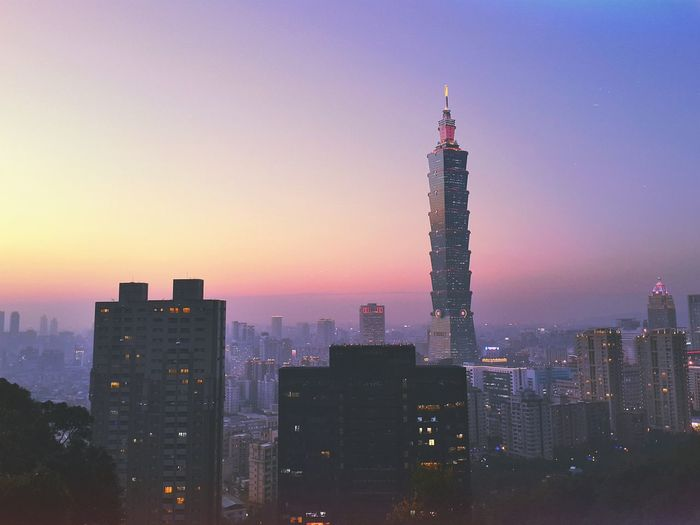 Taipei 101 in the evening Relaxing Taking Photos Enjoying Life Hello World Landscape From The Rooftop Traveling Architecture Aerial Shot