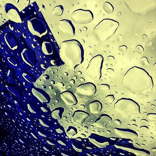 I got really bored...so Taa-Daa...H2o Rain Aqua House IDK Beimpressed