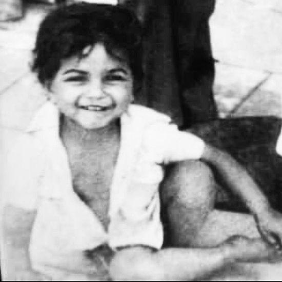 Lookwhatifound Itsme Childhood MustBe 4 -5 Yearsold Smileing Whatusayin Rajeevkumar August28inc A28inc