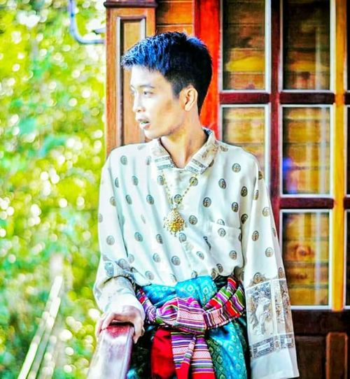 Smile :) Handsome Thaipeople Cute♡ 19yearsold Boy Thai Style Lifestyles Thai Culture Thailand Of Smile Beautiful Beautiful Costume Thai Costume Amazing Amazingthailand Only thailand Thailand
