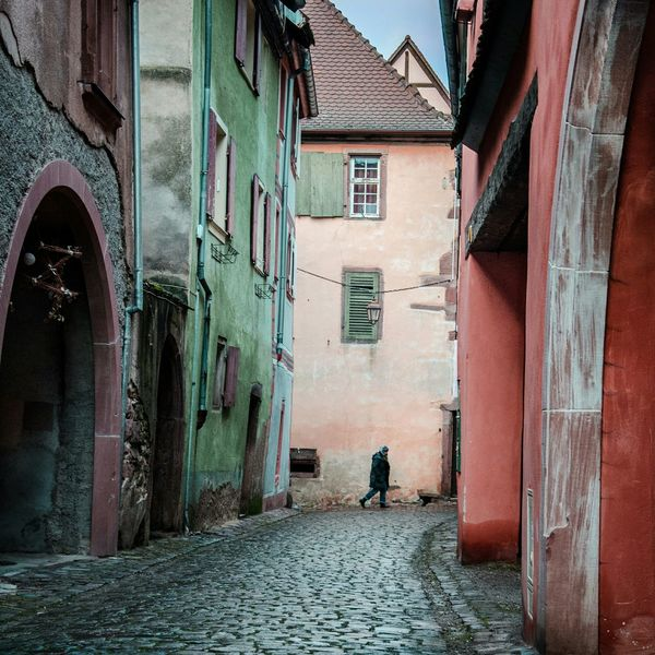 Taking Photos Colors Streetphotography House Architecture Alsace France Historical Site Man Getting Inspired