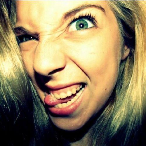 Selfie Instapic Instaloca Mambo Insomnio Fotosviejas Lluvia Truenos Sweetdreams  Blak ? Black ? Lengua Ojo NAZO Embole  Lagrimas Miss Mess Him El 4 Ever