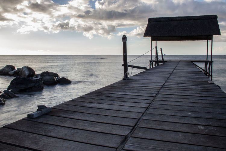 Beauty In Nature Horizon Over Water Jetty Landscape_Collection Landscape_photography Mauritus Nature No People Outdoors Sea Sky Steg Stone Sundown Water Wood - Material
