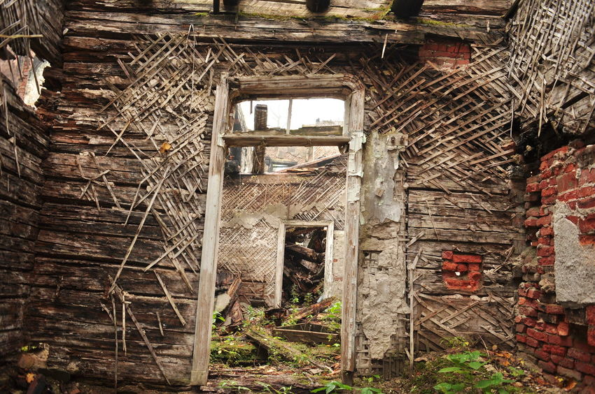 Enfilade Abandoned Architecture Bad Condition Brick Wall Broken Built Structure Closed Damaged Day Deterioration Dirty House No People Obsolete Old Ruined Run-down Weathered Wood - Material