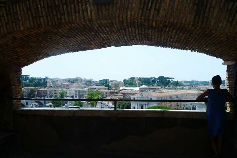 Naturallyframed Randompeople Rome Italy Windowtoeurope Travel Serene
