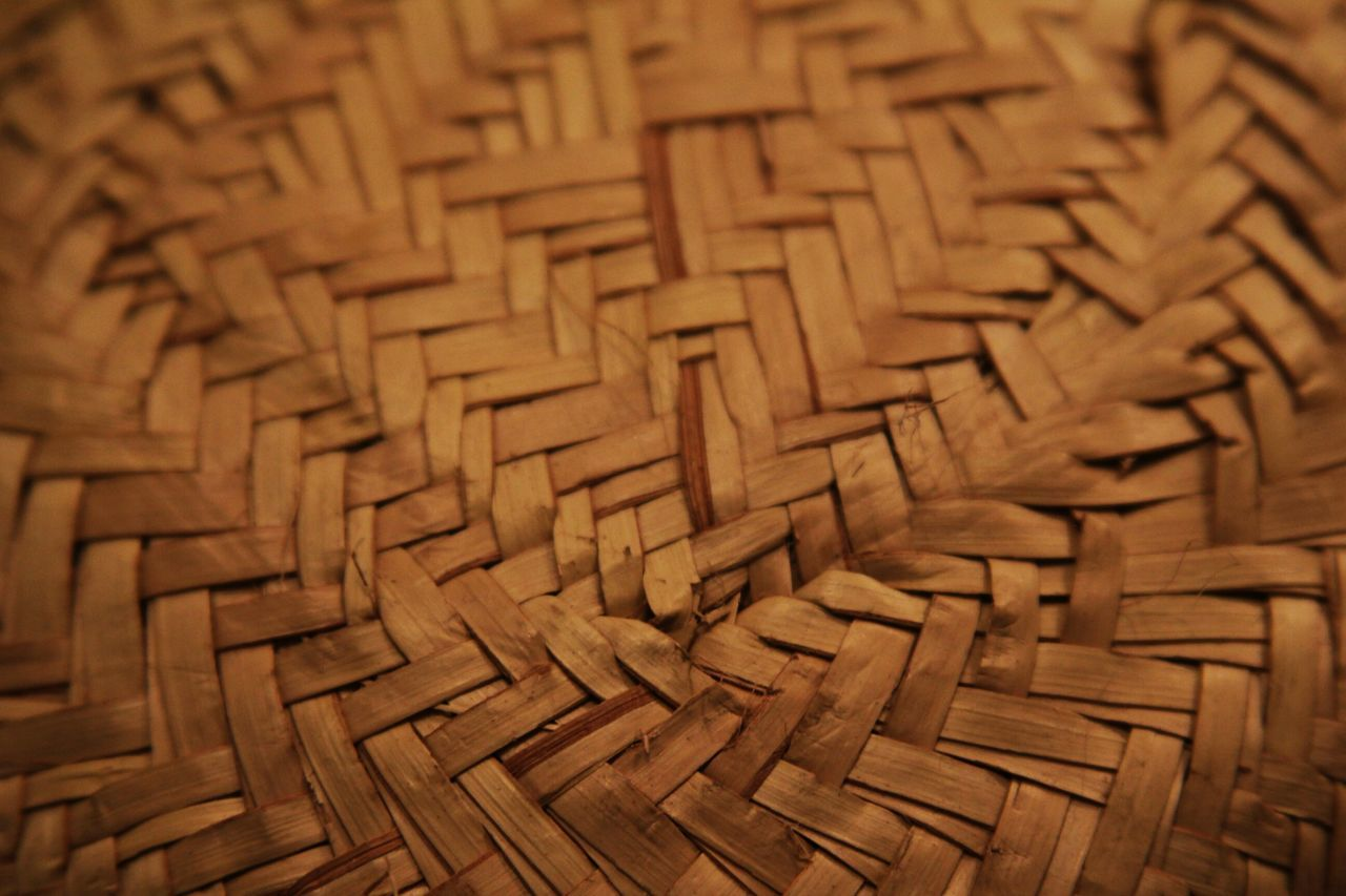 basket, wood - material, backgrounds, textured, pattern, whicker, full frame, indoors, no people, selective focus, close-up, large group of objects, day