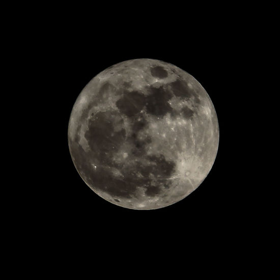 Moon Full Moon Night Astronomy Moon Surface Nature Tranquility Sky Space No People Moonlight Beauty In Nature Space And Astronomy Outdoors Planetary Moon Midnight Full Moon🌝 Moon Shots Moonphotography Full Moon Night  Canon_photos Canon700D Planetary Moon Canonphotography Close-up
