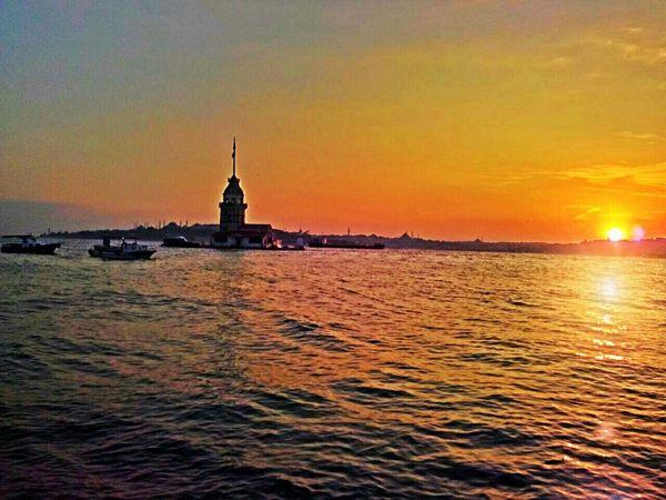 Kızkulesi Üsküdar Kız Kulesi Istanbul Turkey Sunset Sun Istanbul Followme