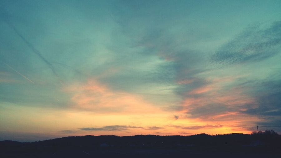 Beautiful sunsets always makes things seem better. <3