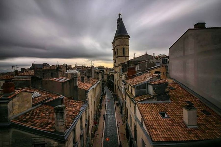 Toits de bordeaux my 👉Rainyday👈 Bordeauxmaville Loves_france Superhubs_shot Postcardsfromtheworld Moodygrams Super_france Igersfrance France_focus_on Pocket_world Lesphotographes Kings_shots Kings_villages Exclusive_france Visitlafrance Bestshotz_france Jaimelafrance Myflagrants Topfrancephoto Hdr_captures Top_hdr_photo Way2ill Createcommune Fs_longexpo Longexpoelite