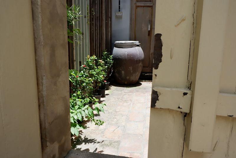 Door Knocker Doors Thai Wisdom Thailand Wisdom Door Doorknob Doorway Jar Water Jar Wisdomquotes