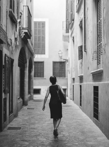 Adult Alleyway Black And White Blackandwhite One Person Rear View Streetphotography Walking