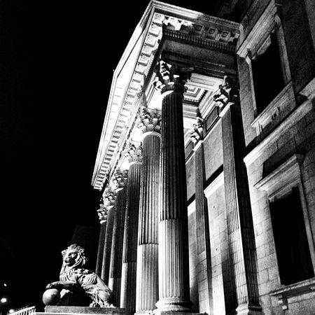Madrid Streetphoto_bw Urban Blackandwhite Black And White Bw_collection Arquitecture EyeEmBestPics