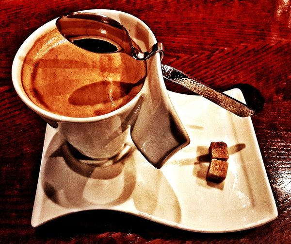 Ordering Room Service Showcase: November Takingphotos Coffee Drinking A Latte Caffè Latte Latte Foodporn Drink Coffee ☕ Coffee Time Shadows Cup White Cup Sugar Spoon Light And Shadow Coffeetime Chai Latte Latteporn Shadow Spoonporn Spoons Saucer Cup And Saucer