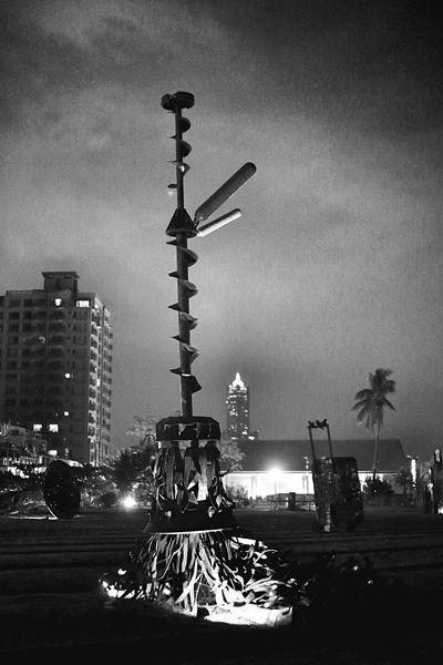 高雄西子湾。Gaoxiong,Taiwan Night Lights Light And Shadow Art Street Art Travelling Enjoying The View Check This Out