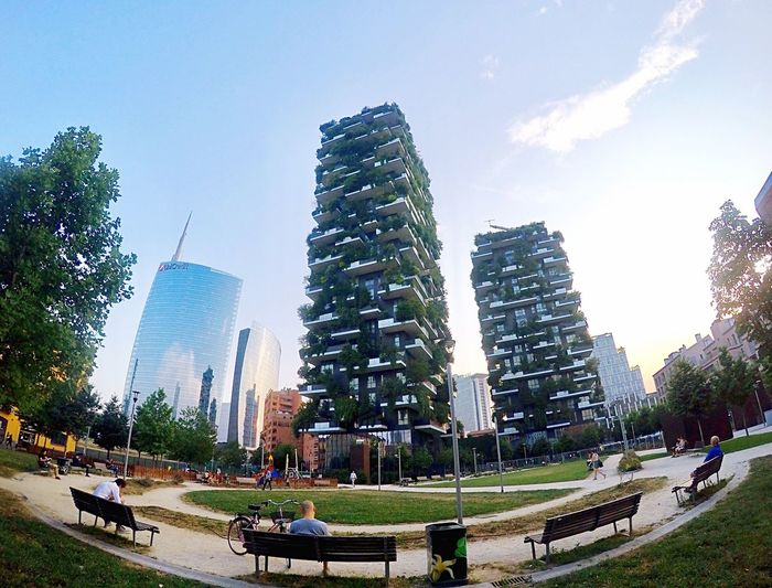 Vertical Forest Stefan Boeri Architecture ARCHITECT Building Bosco Verticale Skyscraper Modern City Traveling Milan Milano Italy Iamonmywaytoeverywhere Park