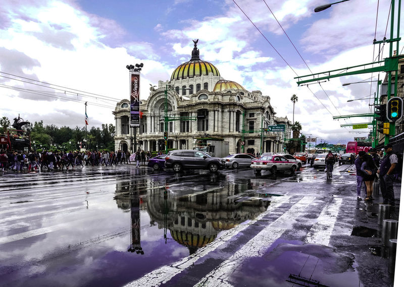ExploreWhitUs Mexico City Mobility In Mega Cities Rainy Days Allianz Architecture City Cloud - Sky Day Large Group Of People Outdoors People Sky Water First Eyeem Photo This Is Latin America
