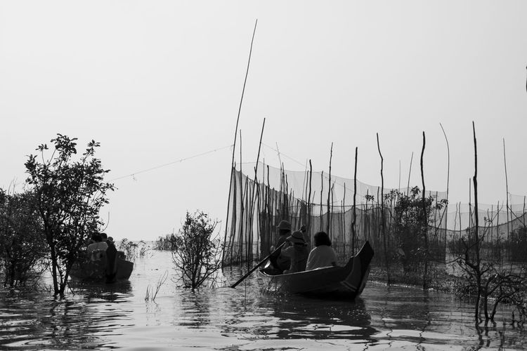 Mekong Cambodia Siem Reap Nature Black And White Water Transportation Outdoors Motion Travel Traveling EyeEm Best Shots EyeEm Best Edits